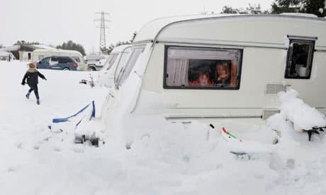 Wichury i Burze Śnieżne  w UK spowodowały przerwy w dostawie prądu do około 50000 domów i firm
