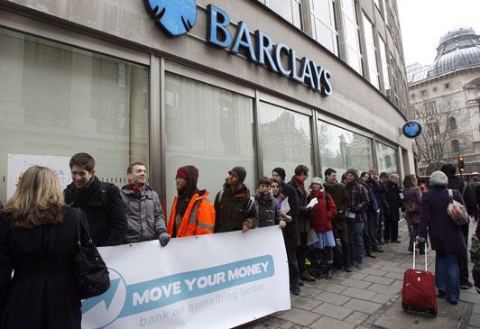 Barclays Zwolnił Dodatkowe 700 mln Funtów na Zwrot Roszczeń PPI