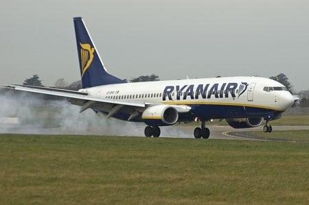 Kalendzarz Ryanair - Dochód Przeznaczony Na Polską Fundację TVN